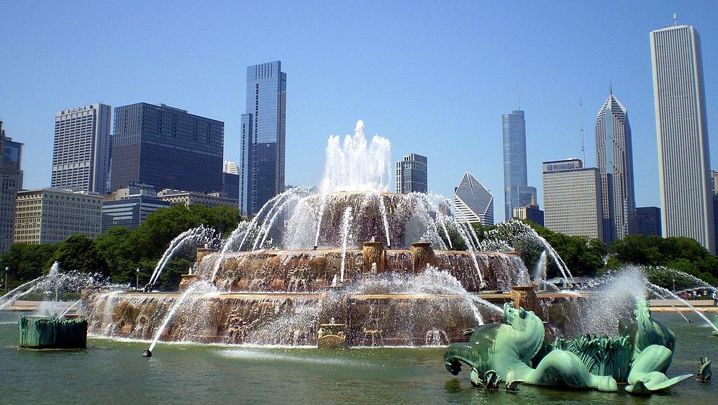 File Buckingham Fountain In Chicago Usa Jpg Wikimedia