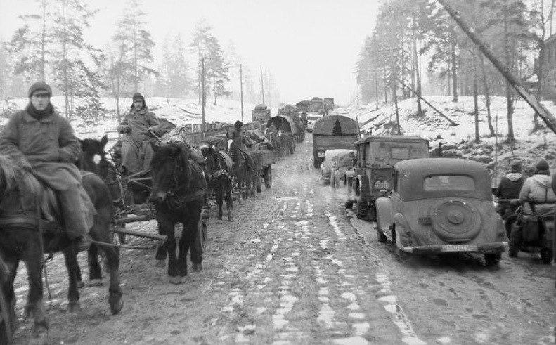 Bundesarchiv Bild 101I-725-0190-15, Russland, Rückzug deutscher Truppen