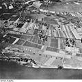 Bundesarchiv Bild 195-0098, Rheinbefliegung, Geisenheim - Oestrich-Winkel.jpg