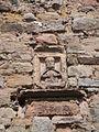 Burgwenden St.-Laurentius-Kirche Steinrelief des Heiligen an der Außenwand.JPG