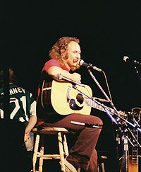 David Crosby under en Crosby, Stills & Nash-konsert 1974