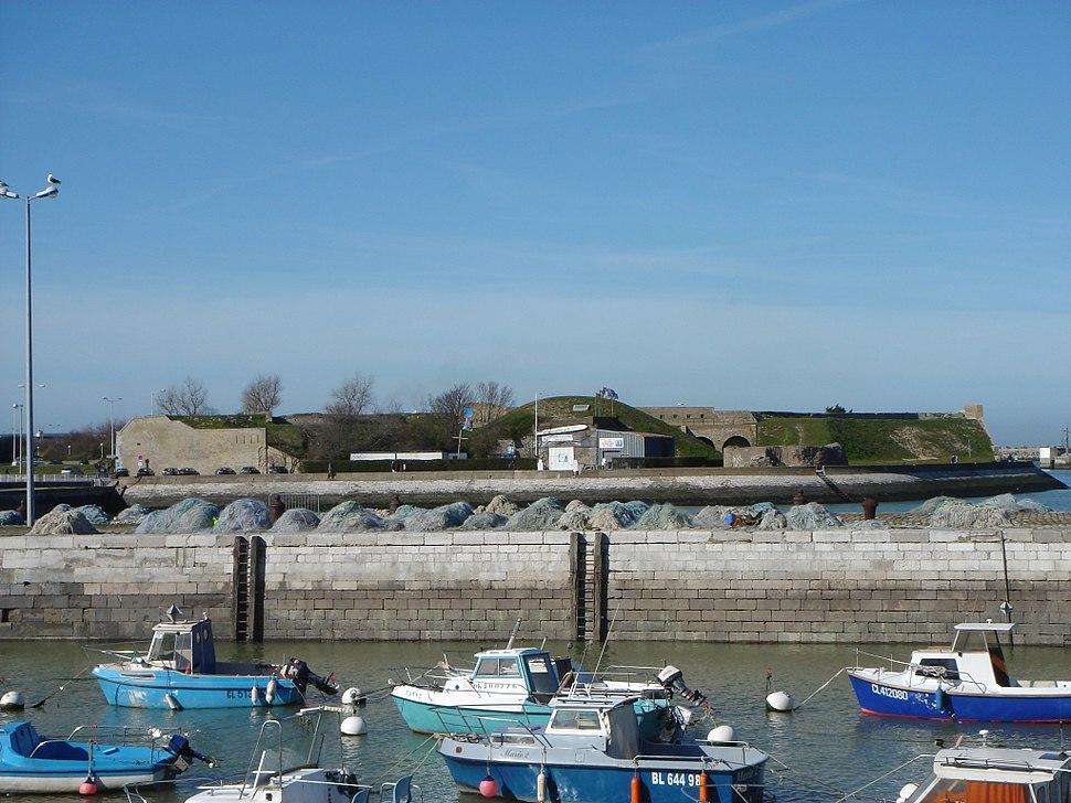 Calais fort Risban vue du bassin du paradis