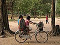 Cambodia 08 - 116 - Angkor Thom (3228076623).jpg