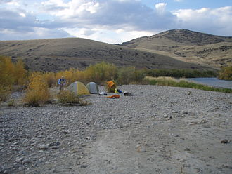 Montana Stream Access Law - Camping on the Jefferson River below the high-water mark – an example of public stream access rights