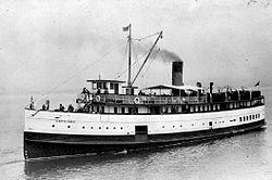 Capilano (steamship) in Vancouver Harbor 1925.jpg