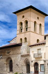 Carrion (Palencia) Santiago 2 0 4 Fachada Oeste.png
