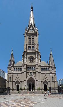 Catedral de los Santos Pedro y Cecilia.jpg