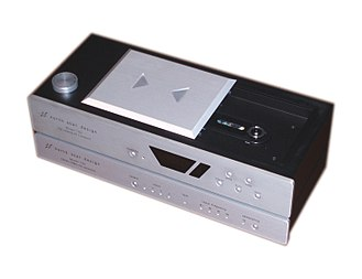 Digital-to-analog converter - Top-loading CD player and external digital-to-analog converter.