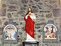 Cerfontaine (Nord, Fr) église, statue Sacré Coeur, station 11 et 12.JPG