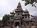 Chùa Linh Phước - panoramio (1).jpg