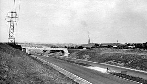 M1 motorway - Looking north from a similar position south of Toddington services in July 1959, nearing completion