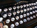 Chile - Santiago 43b - antique typerwriter (6834276976).jpg