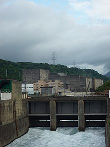 Chin-shan Nuclear Power Plant-canal and containment building-P1020609.JPG