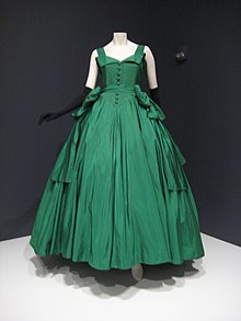 Ball gown by Dior, silk taffeta, 1954. Indianapolis Museum of Art.