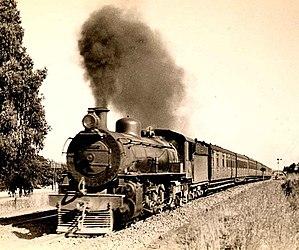 South African Class 4A 4-8-2 - Image: Class 4A (4 8 2) a