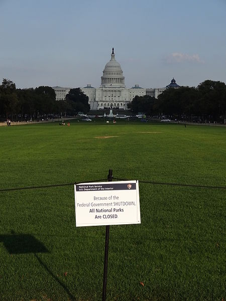 File:Closed lawn of National Mall with US Capitol in background; Washington, DC; 2013-10-06.JPG