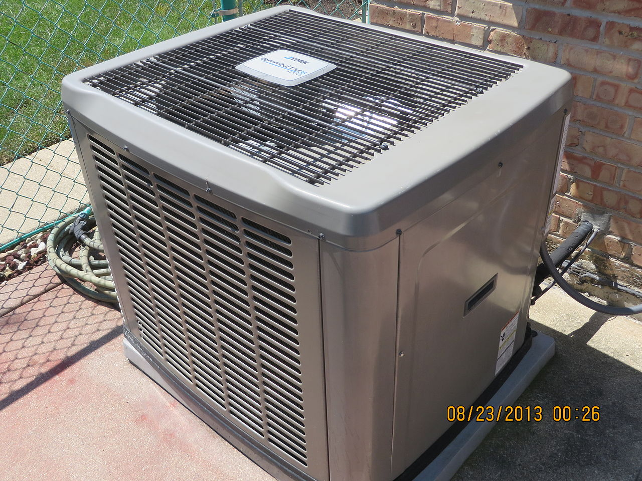 File:Condenser unit for central air conditioning.JPG #7A6151
