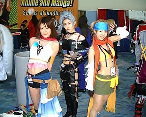 Final Fantasy X-2 - Cosplayers of Yuna, Paine and Rikku