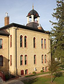 CourthouseVernonCountyWI.jpg