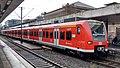 DB 425 772 S-Bahn Hannover Hannover Hbf 151204.jpg