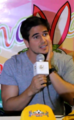 Daniel Arenas in interview for TuxtepecVIP.png