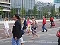 Deelnemers verlaten het 'Liefde faalt nooit!'-congres van Jehovah's Getuigen, Utrecht, 2 augustus 2019 - 1.jpg