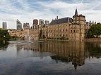 Den Haag, het Binnenhof diverse RM met de Hofvijver op de voorgrond foto8 2015-08-05 18.56.jpg