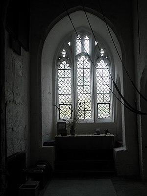 English: Devotional area within St John's, Win...