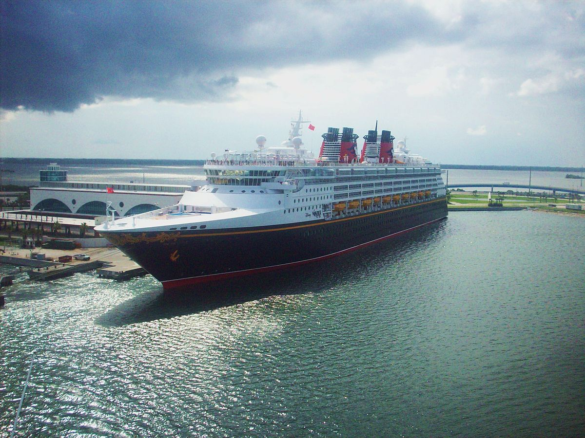 Disney Cruise Line - Wikipedia