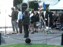 Archivo:Doctor Who filming - Matt Smith with Karen Gillan.ogv