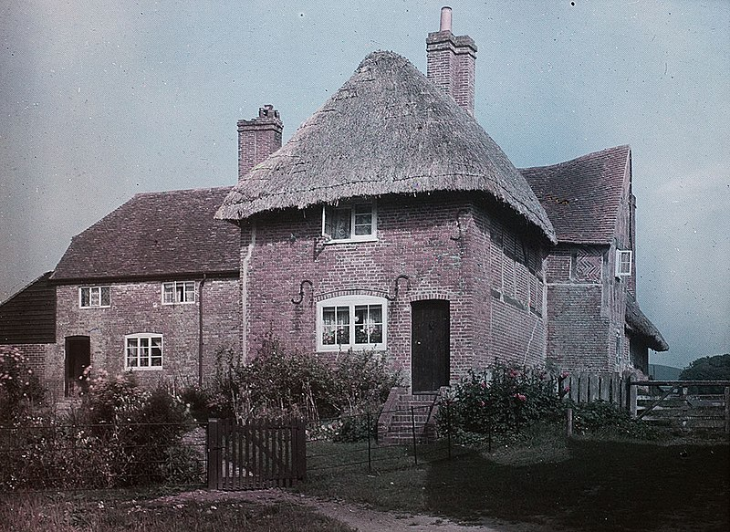 File:Early Colour image of thatched house now identified as Corhampton, Hampshire. Paget Colour process (4938685858).jpg