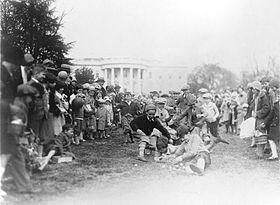 Course aux œufs de Pâques devant la Maison-Blanche en 1929.