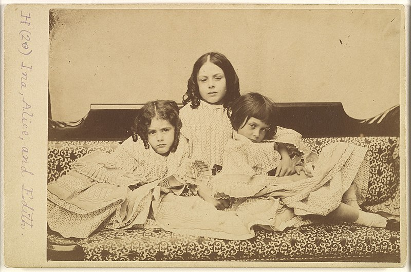 File:Edith, Ina and Alice Liddell on a Sofa MET DP296247.jpg