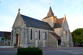 The church of Saint-Martin and Saint-Roch, in Ids-Saint-Roch