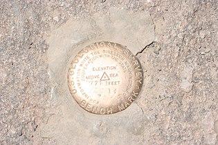 Grand Canyon Village >> United States National Geodetic Survey marker - Wikimedia ...