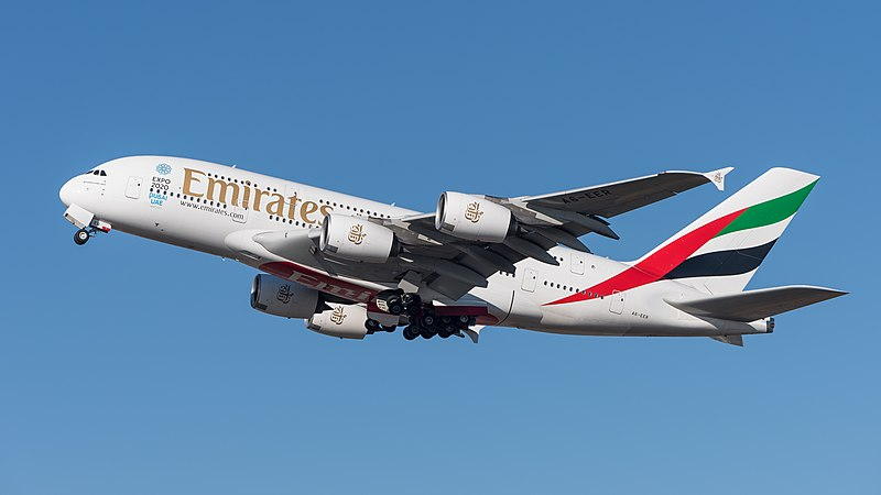 File:Emirates Airbus A380-861 A6-EER MUC 2015 04.jpg