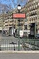 Entrée Station Métro Iéna Paris 5.jpg