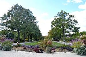 Queens Botanical Garden - Entrance Plaza, Queens Botanical Garden