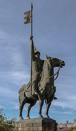 Estatua de Vimara Peres, Oporto, Portugal, 2012-05-09, DD 01.JPG