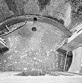 Exterieur overzicht binnenplaats met 16e eeuwse bestrating - 20000528 - RCE.jpg