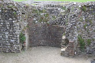 Eynsford Castle - Fireplace in the undercroft of the solar