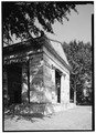 FRONT SOUTHWEST PORTICO, LOOKING EAST - Monumental Church, 1224 East Broad Street, Richmond, Independent City, VA HABS VA,44-RICH,24-6.tif