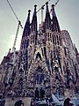 Fachada de la Sagrada Familia, Barcelona.jpg