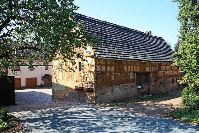 File fachwerk umgebinde oberlaube hohndorf erzgebirge for Fachwerk wikipedia