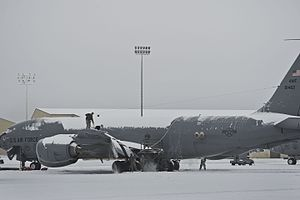 92d Air Refueling Wing - Wing KC-135 Stratotanker after a snowfall at Fairchild AFB