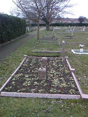 Hamilton Road Cemetery, Deal - The grave of Emma, Edith, and Margaretta Newing