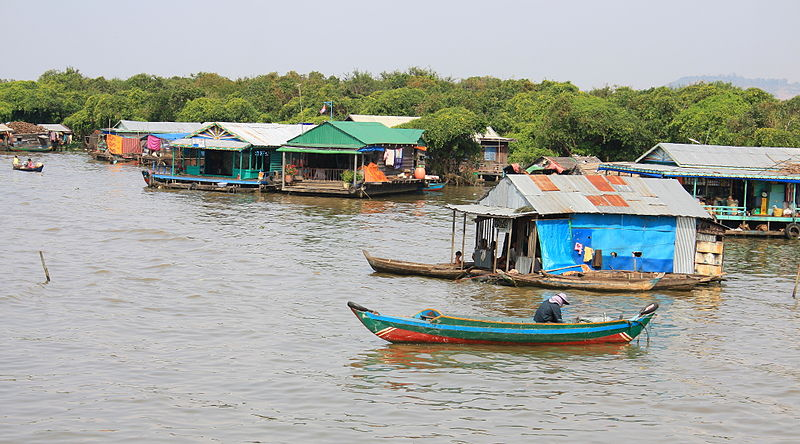 File:Floating village of Chong Kneas (4380890080).jpg