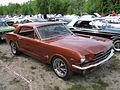 Ford Mustang (4693388112).jpg