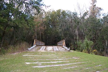Fort Foster bridge.jpg