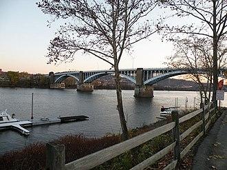 Millvale, Pennsylvania - Fortieth Street Bridge (Washington Crossing Bridge) over the Allegheny River